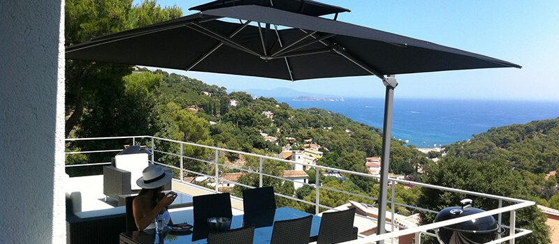 Laterna zweefparasol balkon